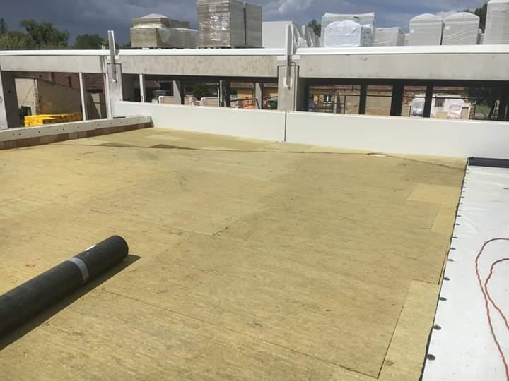 Vasibádogos - Tető szigetelés